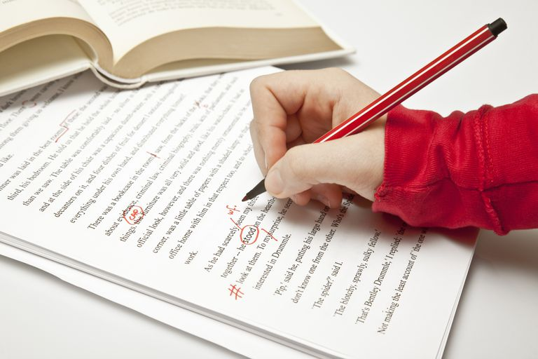 What is the mistake that an expert will done while writing a book